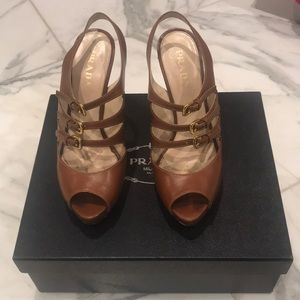 Prada shoes size 37 1/2